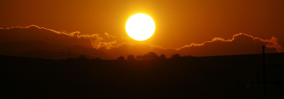 Ale tí, ktorí Ho milujú, sú ako slnko vychádzajúce vo svojej sile. (Sudcov 5, 31)